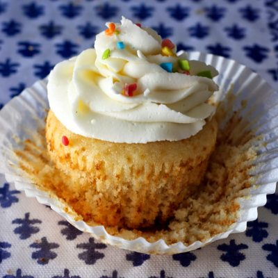 The Perfect Moist Vanilla Cupcakes