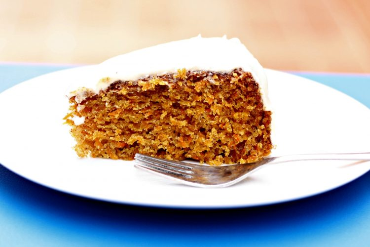 A super quick moist carrot cake
