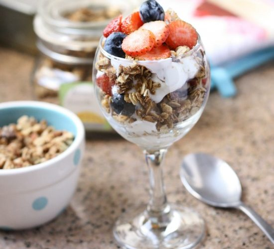 Easy Homemade Almond Granola that is healthy too