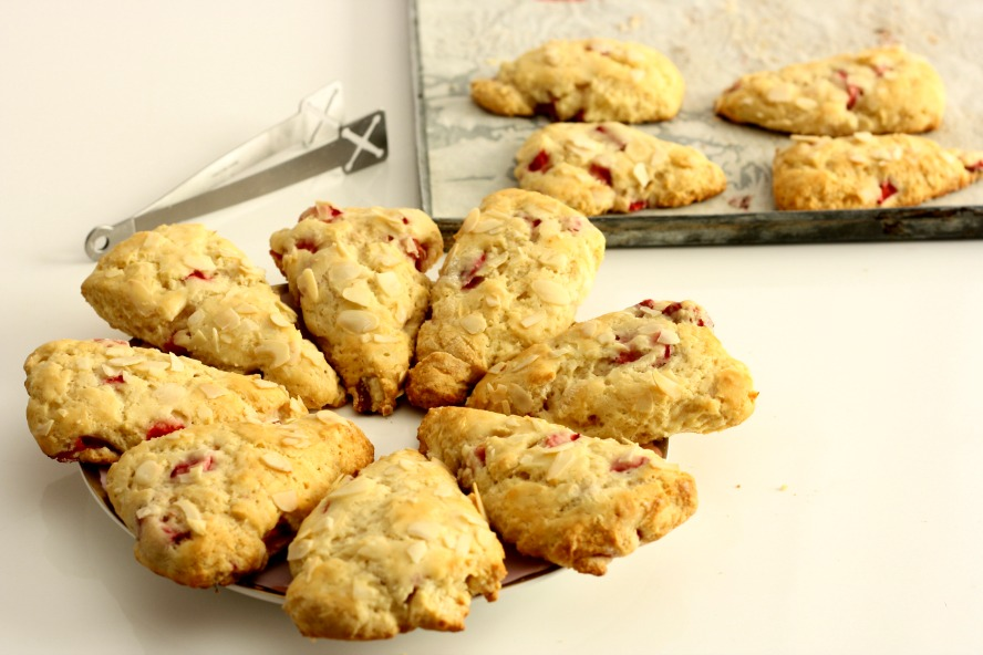 Strawberry Buttermilk Scones