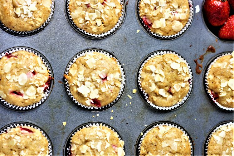 healthy strawberry oats muffins