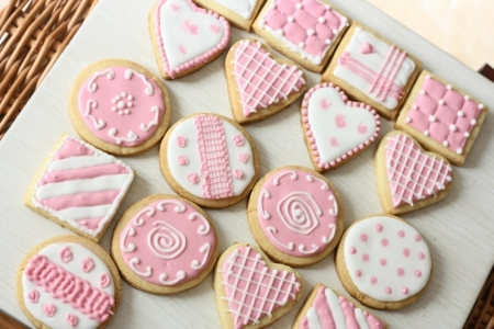 easy bake at home cookies in different shapes