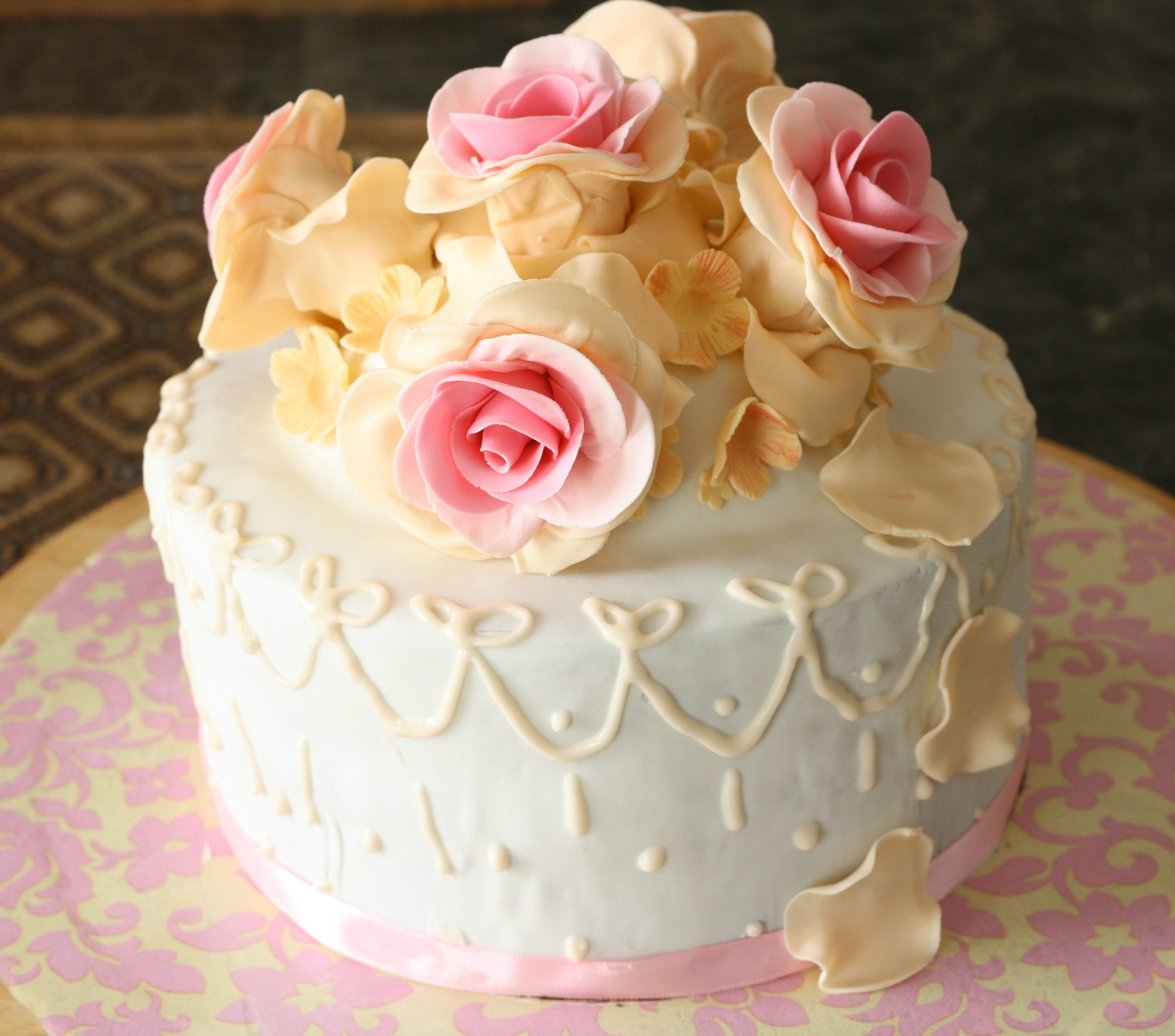 customize white with roses birthday cake