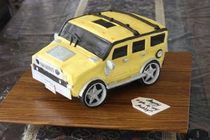 yellow car birthday cake for hubby