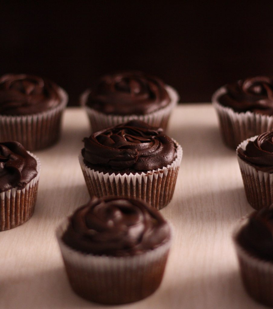 Moist Chocolate Fudge Cupcakes