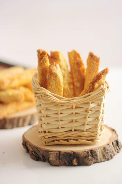 almond biscottis
