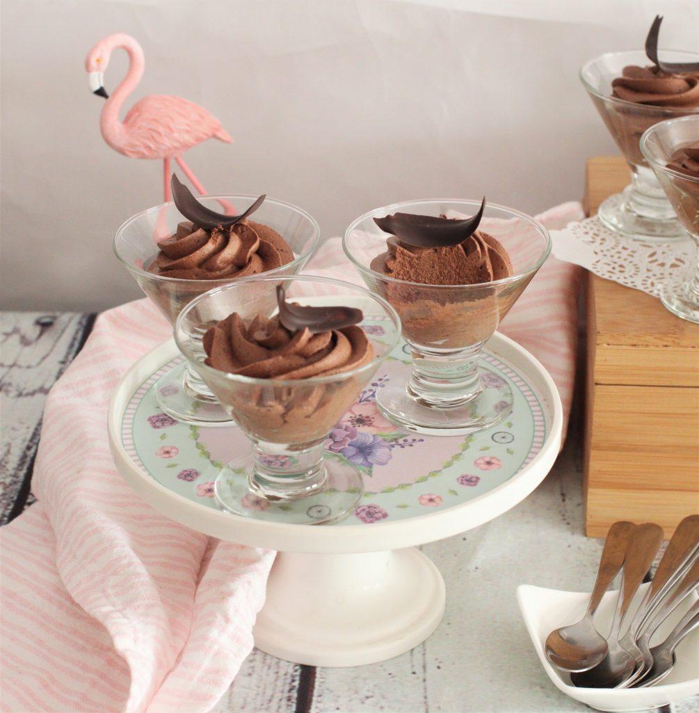 3 ingredient quick chocolate mousse