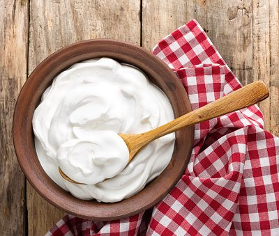 3 Ways to Make Whipped Cream Frosting