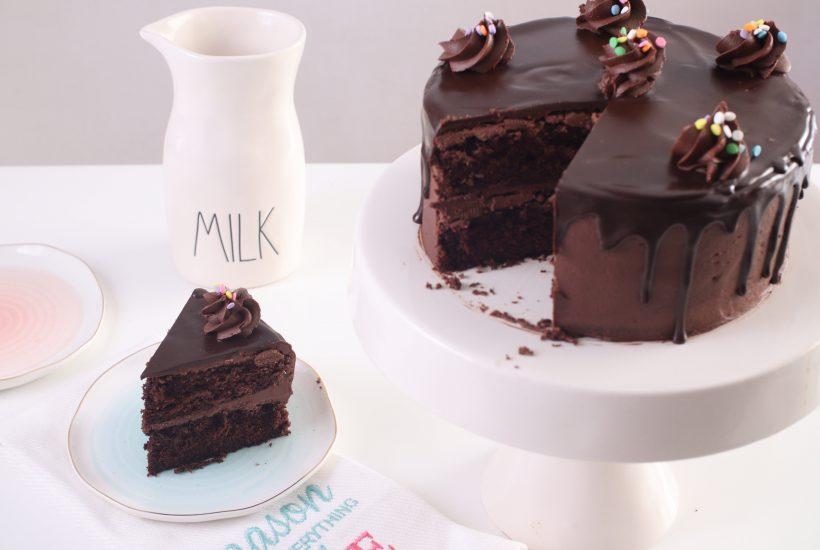 How to Make a Moist Chocolate Layer Cake